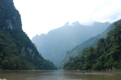 Tad Mork waterfall trek