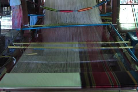 Baan Tha Sawang silk weaving village
