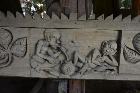 Ban Nong Bueng woodcarving village