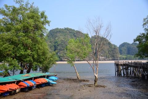 Kayaking Ao Tha Len