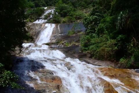 Ton Te Waterfall