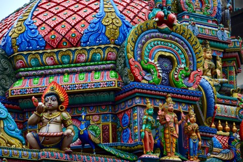 Stands out on Silom Road. Photo taken in or around Sri Maha Mariamman, Bangkok, Thailand by David Luekens.