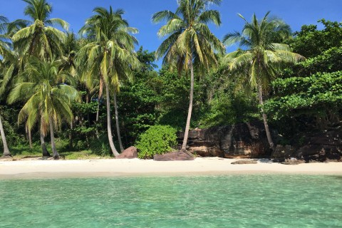 Discover your inner Robinson Crusoe on Hon Xuong. Photo taken in or around An Thoi Islands, Phu Quoc Island, Vietnam by Cindy Fan.