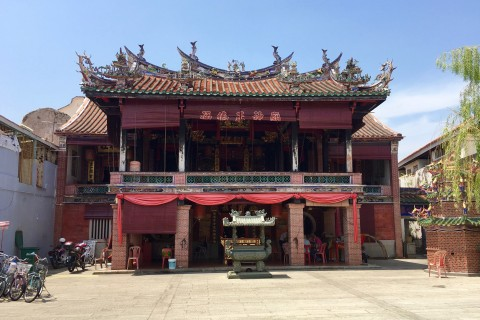 Often not so busy. Photo taken in or around Hock Teik Cheng Sin Temple, Penang, Malaysia by Sally Arnold.