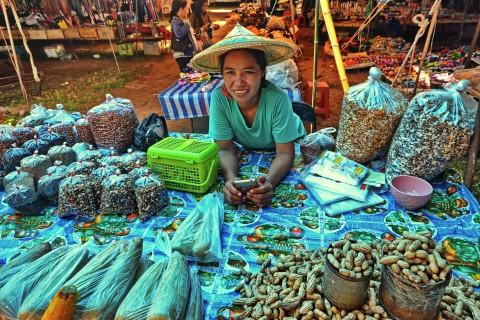 Mae Hong Son markets