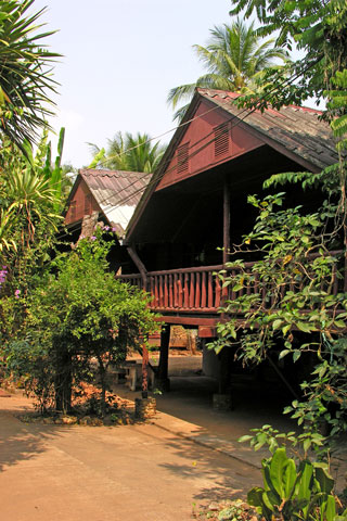 Som Chaineuk Bungalows
